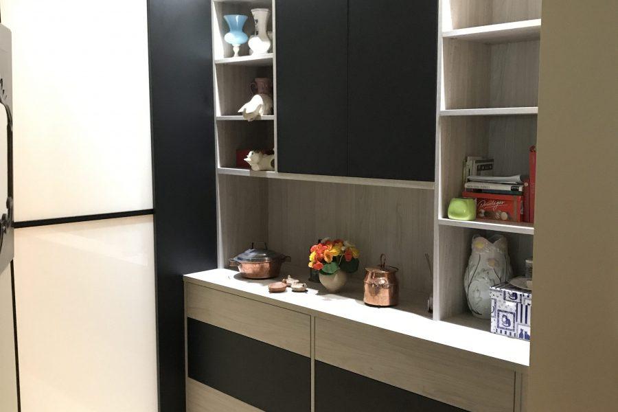 charmant ... votre meuble sera créé entièrement sur mesure. Image